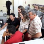 Oficiais e oficialas da Sejud Crajubar recebem suporte do Sindojus para utilização do SAJ